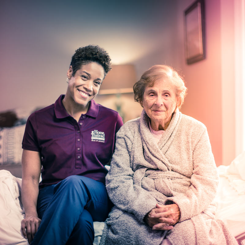 CAREGiver-and-senior-bedside-2_800x800